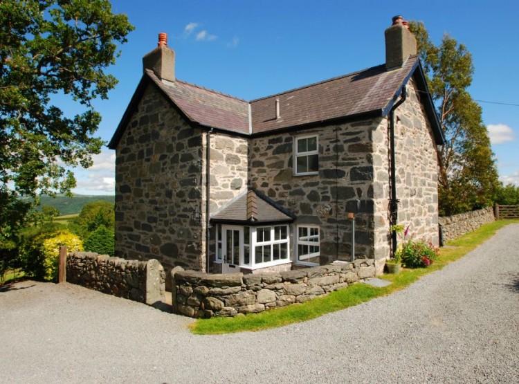 The Farmhouse At Llanbedr-y-Cennin