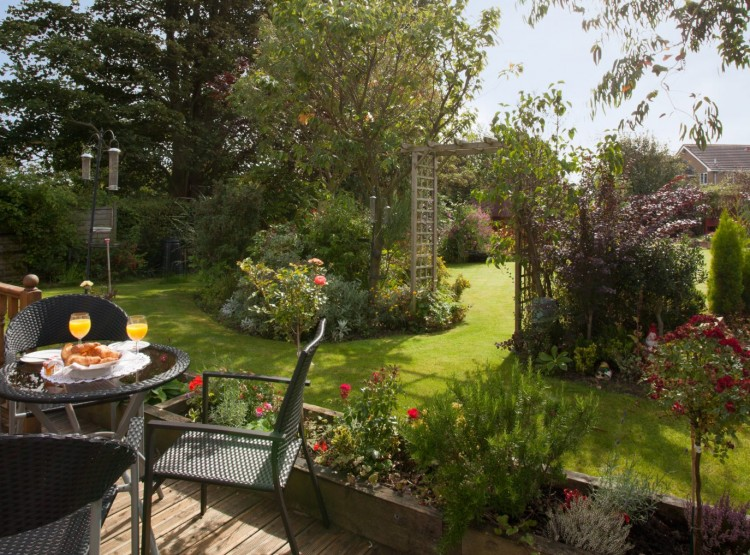 Garden Cottage In Warkworth