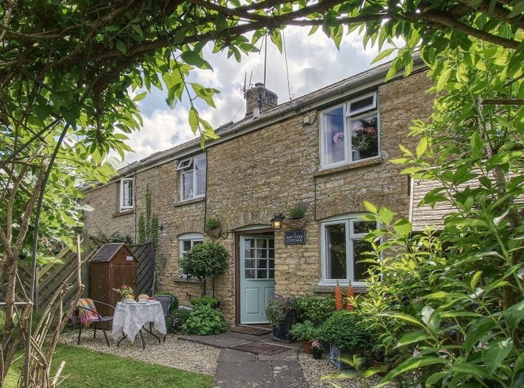 Bay Tree Cottage In Shipton-under-Wychwood
