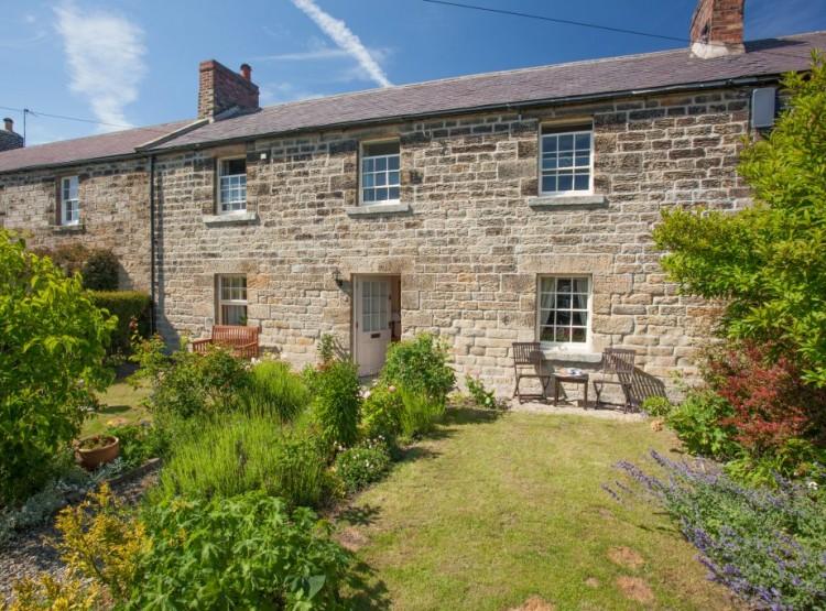 Throstle Cottage Near Alnwick