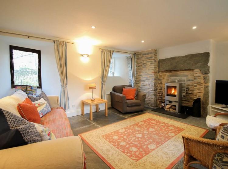 Fontevrault Cottage At Tintagel