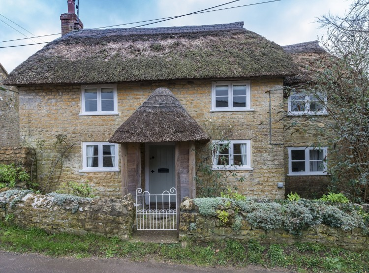 Vicarage Cottage At Powerstock