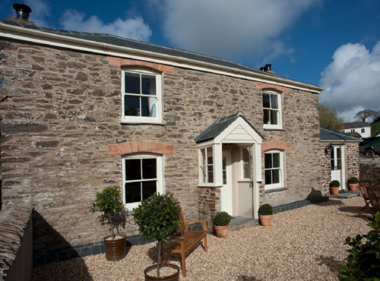 Riverside Cottage In Coombe