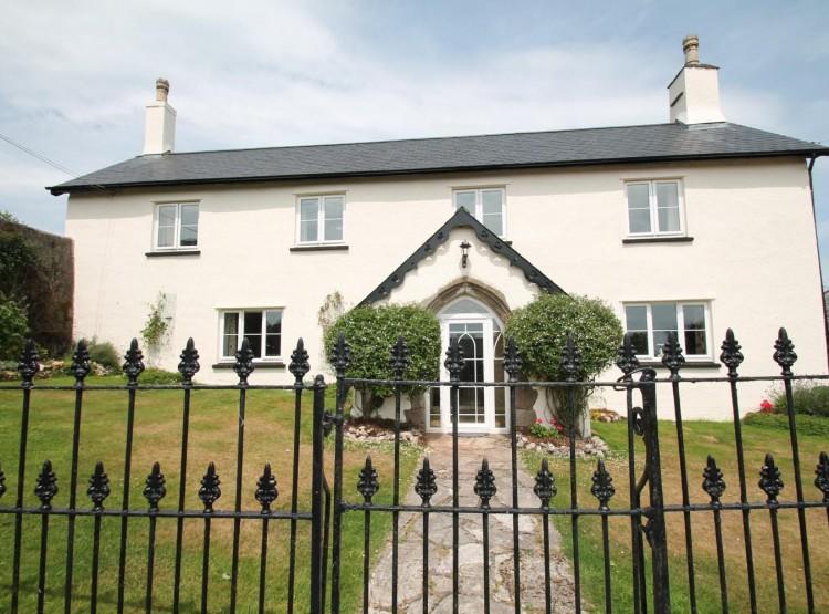 Upcott Farm House In Winsford