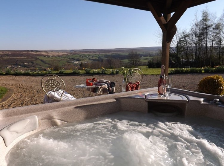 Higher Scholes Cottage