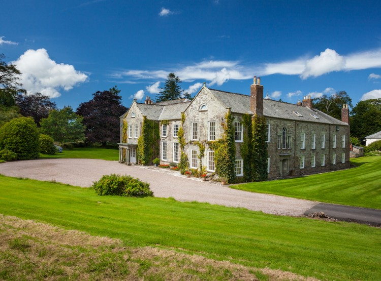 The Devon Manor House
