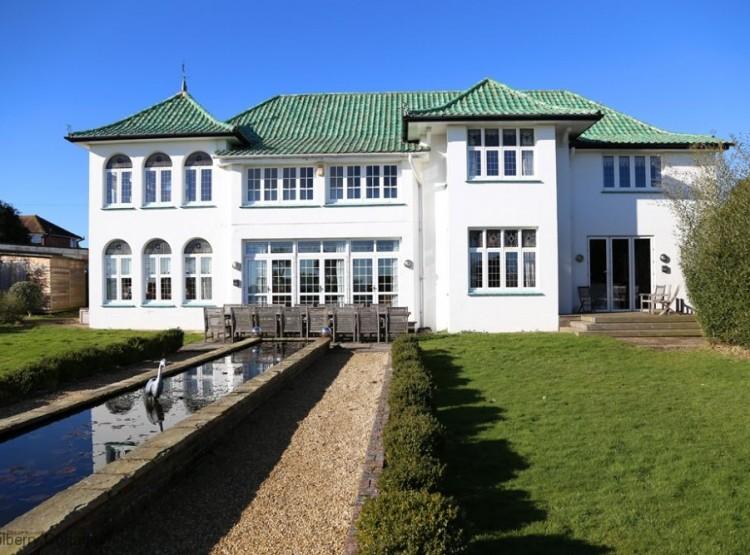 Marine Villa