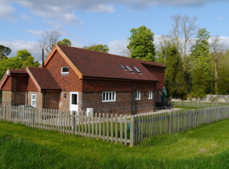 Orchard Cottage At Newtimber Place