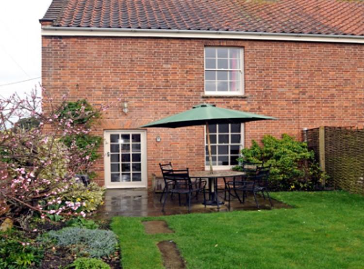 1 Dix Cottages