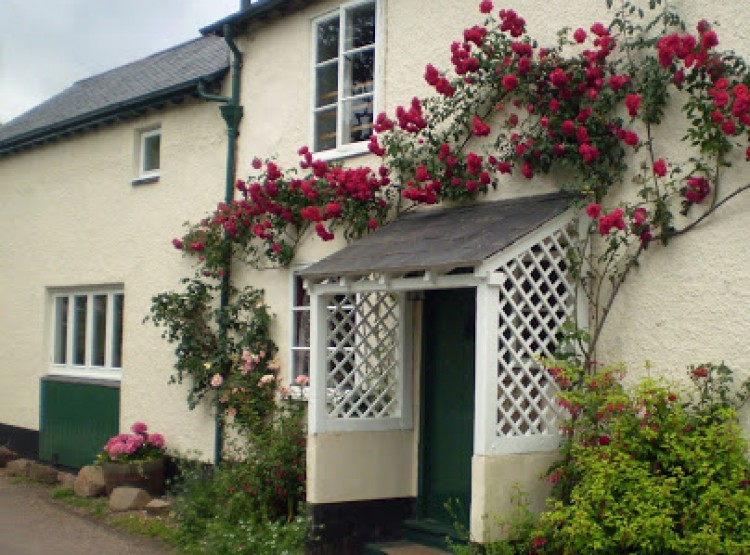 Forge Cottage At Wootton Courtenay
