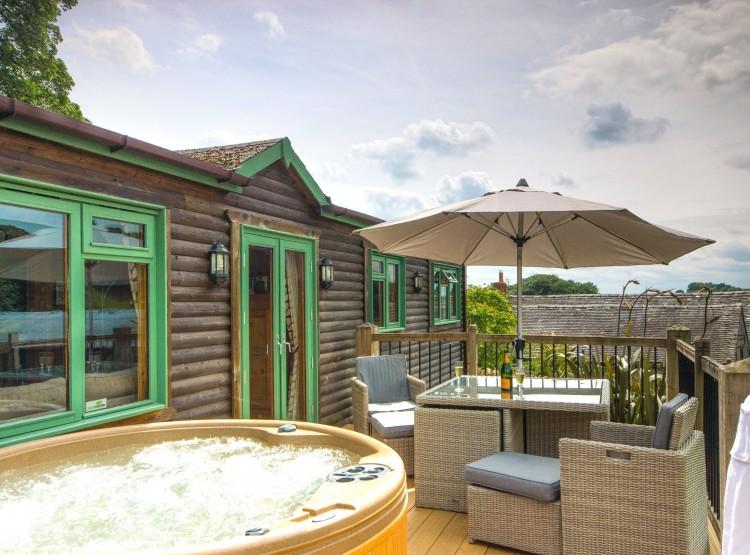 Pinder Cabin At Hoe Grange Holidays
