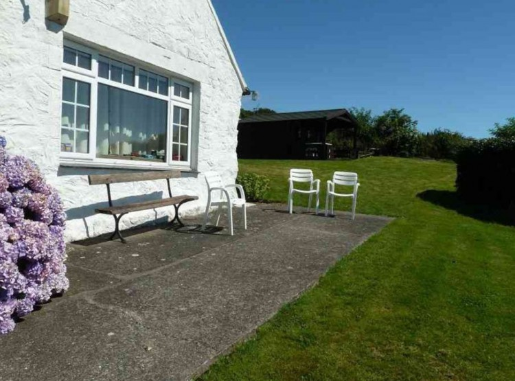 Gorwel Cottage In Pwllheli