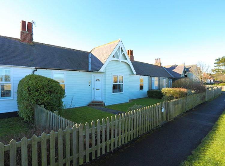 Kent Cottage At Bamburgh