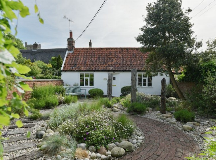 Myrtle Cottage At Friston