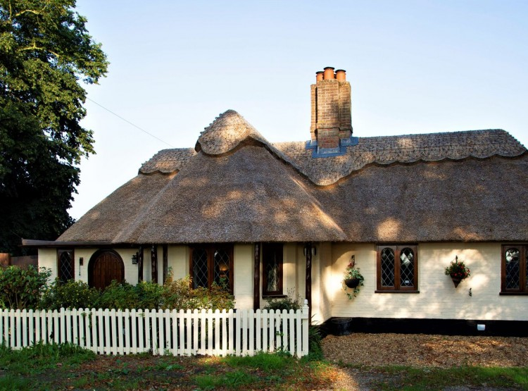 Thrigby Thatched Cottage