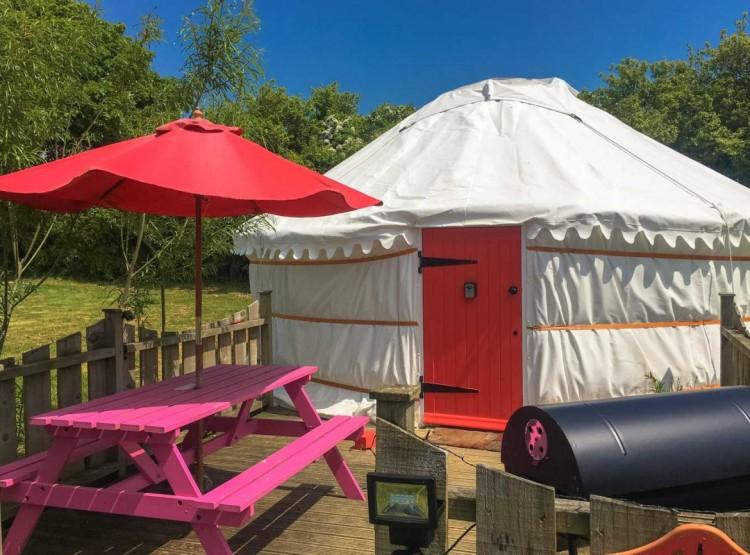 Poppy Yurt In Perranporth