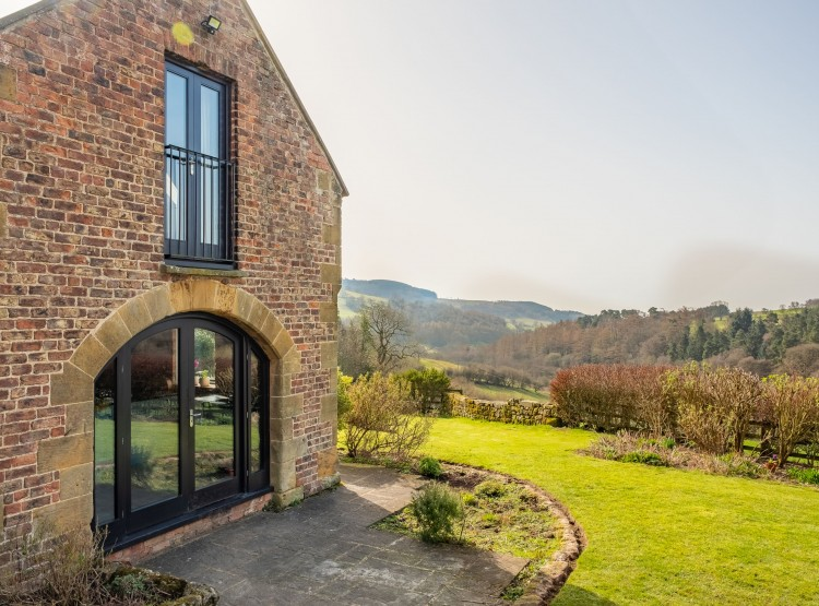 Five Acres At Boltby