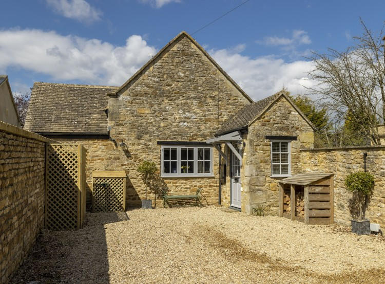 Old Stable Cottage In Kingham