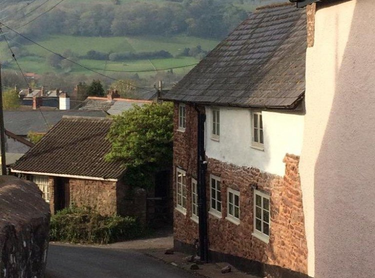 Yew Tree Cottage At Timberscombe