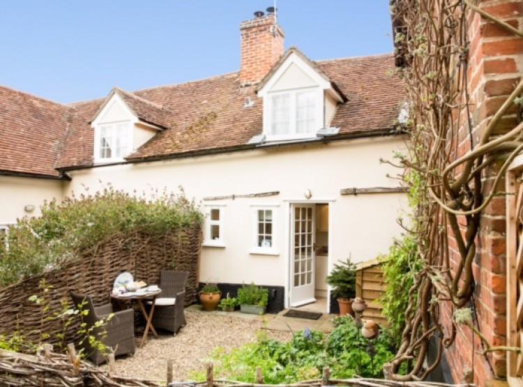 Primrose Cottage At Kersey