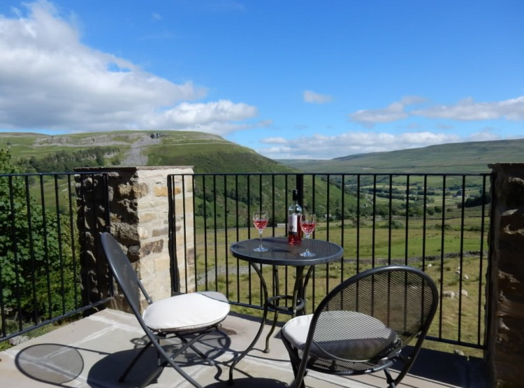 Lovely Seat At Swaledale House