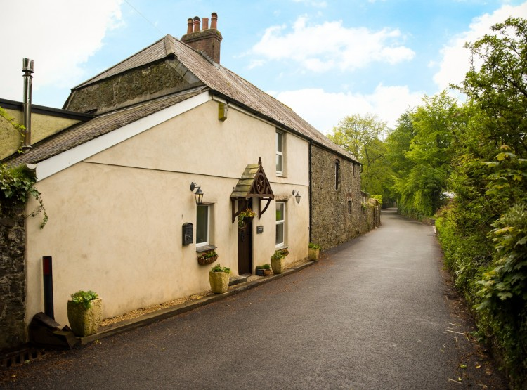 Coachmans Cottage At Sparkwell