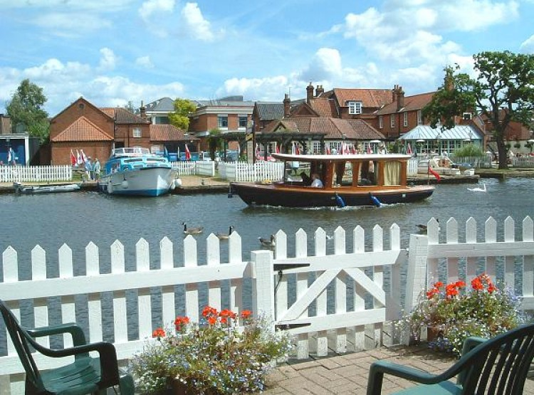 Riverside At Wroxham Cottages