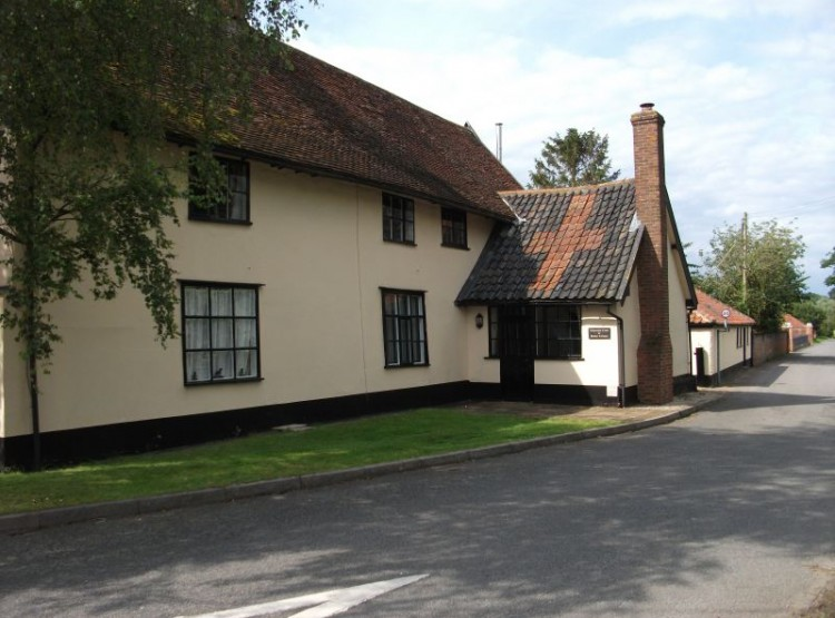 Golden Cross At Withersdale Cross Cottages