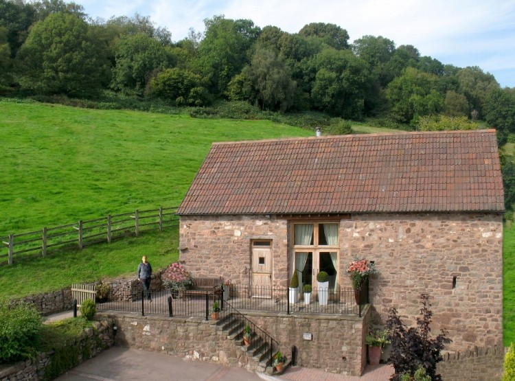 Orchard Barn  At The Hamlet