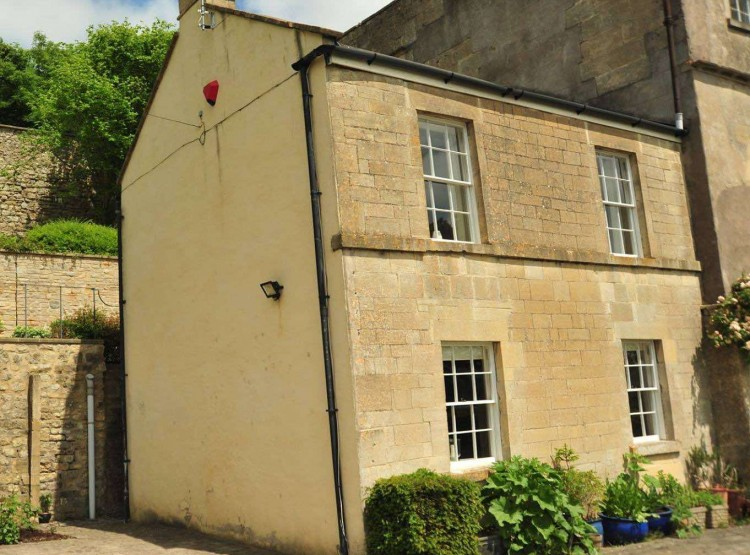 Victorian Annexe In Bath