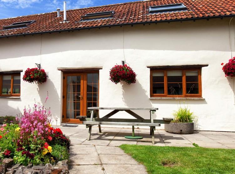Rose Cottages  At Combrew Farm Cottages