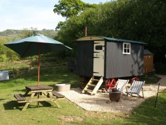 Baabara - Shepherds Hut  At Berehayes