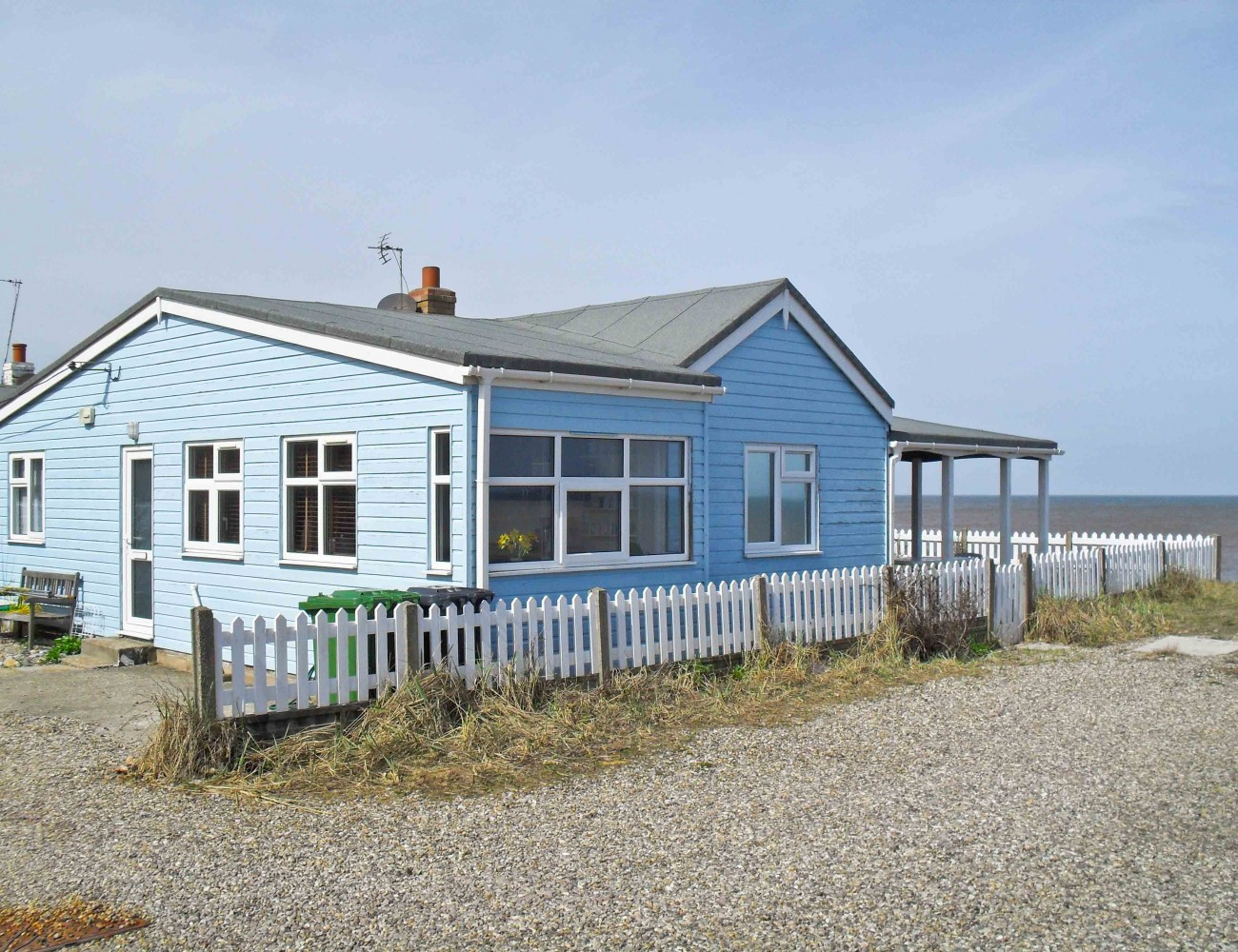 Bacton beach house unique holiday cottages for Unique holiday cottages
