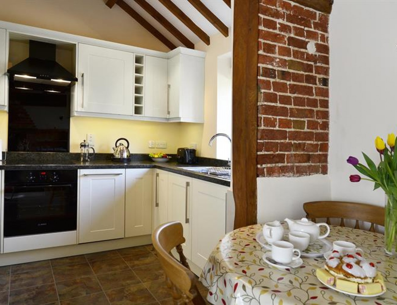 East Norwich Country Kitchen Nutmeg Cottage At East View Farm Luxury Holiday Cottages Unique