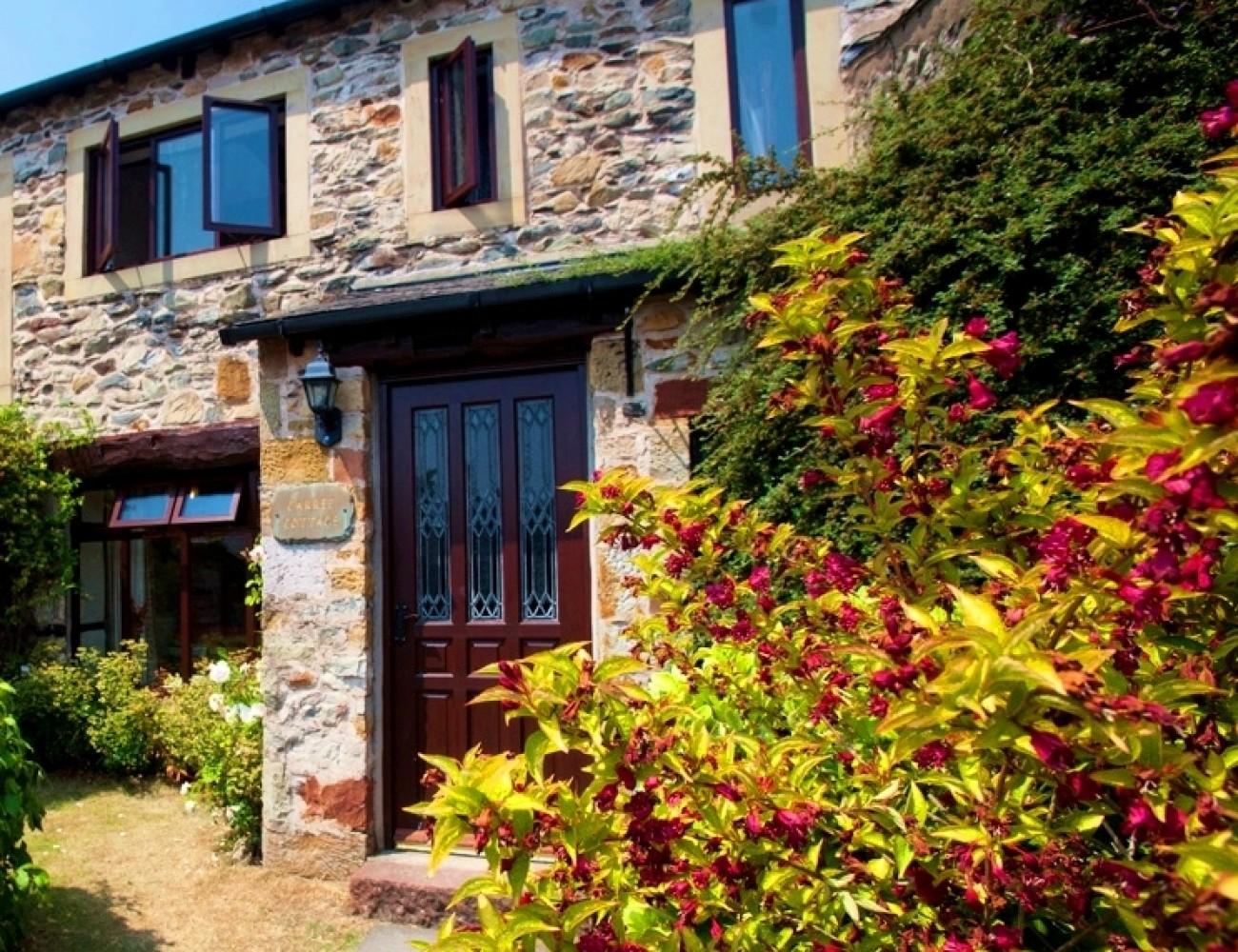 Carree cottage unique holiday cottages for Unique holiday cottages
